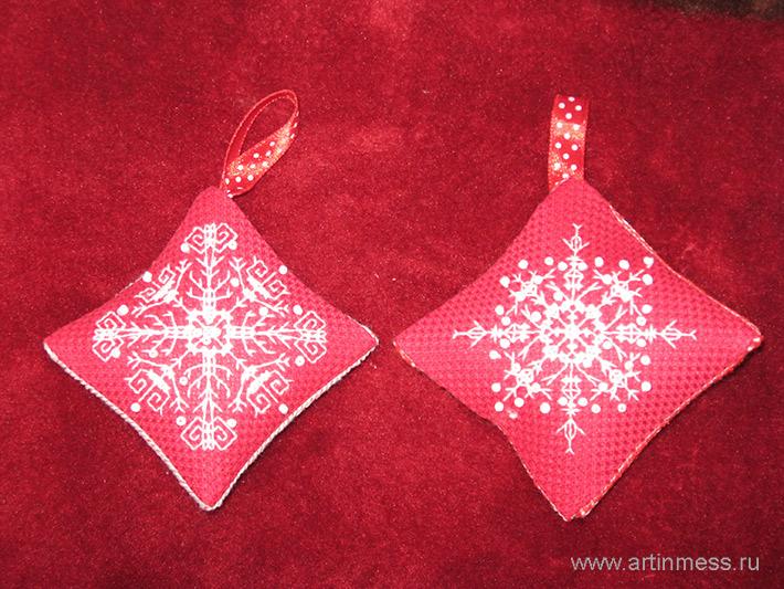 новогоднее украшение вышивка cross-stitching new year